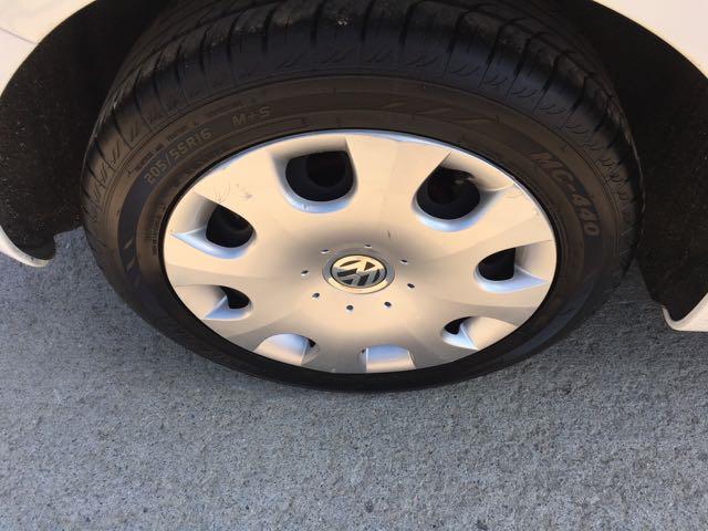 2010 Volkswagen Beetle - Photo 26 - Cincinnati, OH 45255