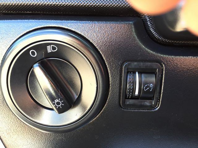 2010 Volkswagen Beetle - Photo 18 - Cincinnati, OH 45255