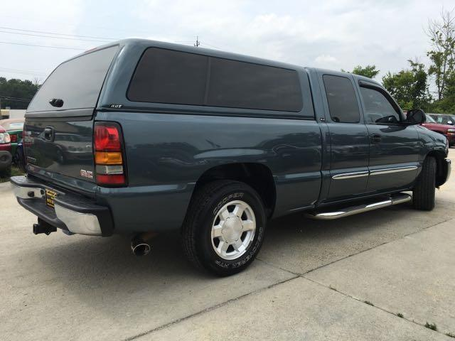 2006 GMC Sierra 1500 SL1 - Photo 13 - Cincinnati, OH 45255