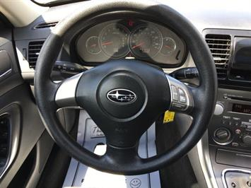 2009 Subaru Legacy 2.5i Special Edition - Photo 16 - Cincinnati, OH 45255