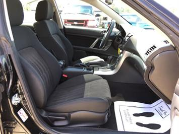 2009 Subaru Legacy 2.5i Special Edition - Photo 8 - Cincinnati, OH 45255