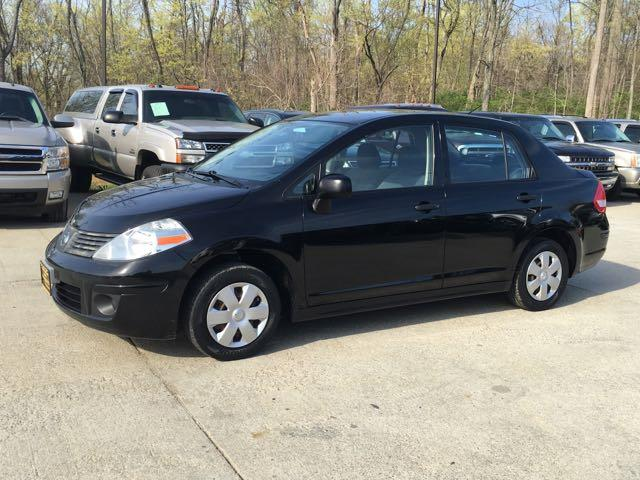 2009 Nissan Versa 1.6 Base - Photo 3 - Cincinnati, OH 45255