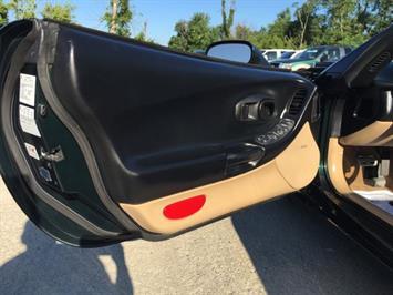 2000 Chevrolet Corvette - Photo 18 - Cincinnati, OH 45255