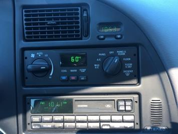 1995 Ford Thunderbird LX - Photo 19 - Cincinnati, OH 45255