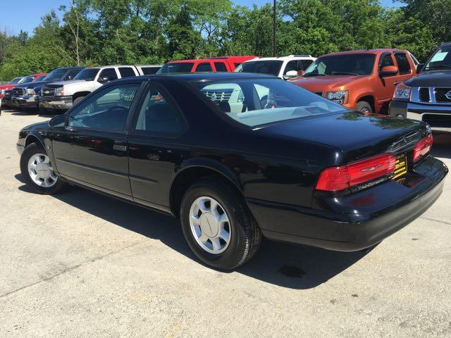 1995 Ford Thunderbird LX - Photo 13 - Cincinnati, OH 45255