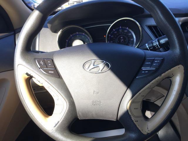 2011 Hyundai Sonata GLS - Photo 16 - Cincinnati, OH 45255