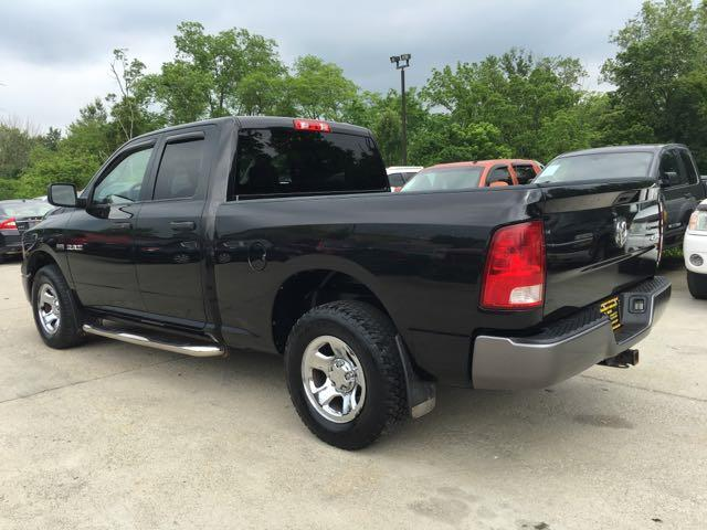 2009 Dodge Ram 1500 ST - Photo 4 - Cincinnati, OH 45255