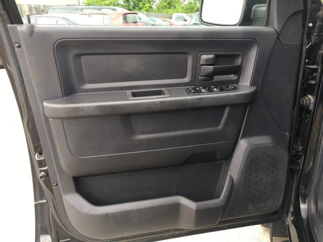 2009 Dodge Ram 1500 ST - Photo 21 - Cincinnati, OH 45255