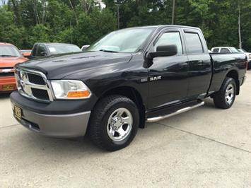 2009 Dodge Ram 1500 ST - Photo 3 - Cincinnati, OH 45255