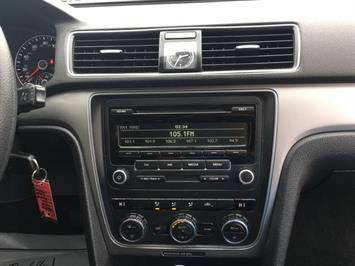2012 Volkswagen Passat S - Photo 17 - Cincinnati, OH 45255
