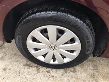 2012 Volkswagen Passat S - Photo 25 - Cincinnati, OH 45255