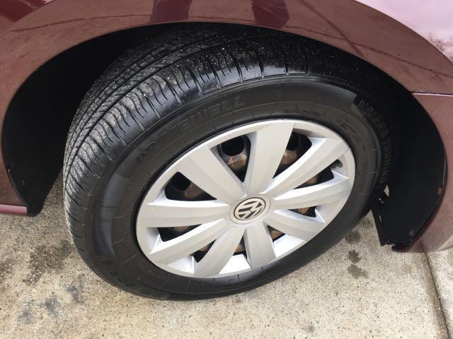 2012 Volkswagen Passat S - Photo 24 - Cincinnati, OH 45255