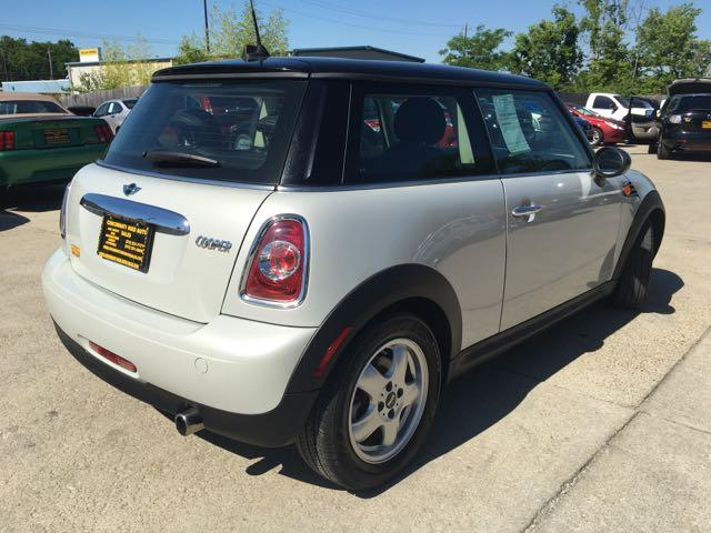 2011 Mini Cooper - Photo 12 - Cincinnati, OH 45255