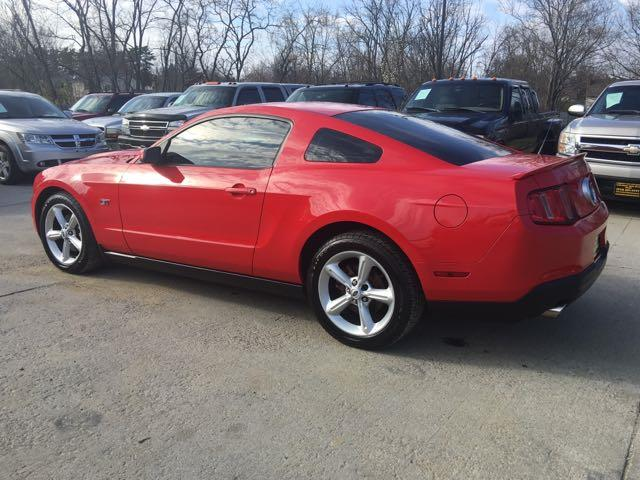 2010 Ford Mustang GT - Photo 4 - Cincinnati, OH 45255