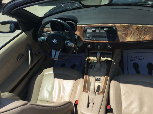 2006 BMW Z4 3.0i - Photo 7 - Cincinnati, OH 45255