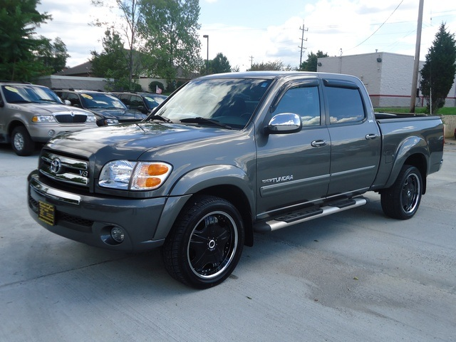 2004 toyota tundra sr5 for sale in cincinnati oh stock 10329. Black Bedroom Furniture Sets. Home Design Ideas