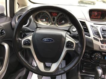 2011 Ford Fiesta SEL - Photo 19 - Cincinnati, OH 45255