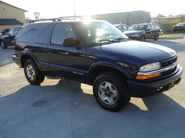 2004 chevrolet blazer ls for sale in cincinnati oh stock tr10126. Black Bedroom Furniture Sets. Home Design Ideas