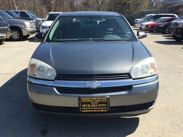 2005 Chevrolet Malibu Maxx LS - Photo 2 - Cincinnati, OH 45255