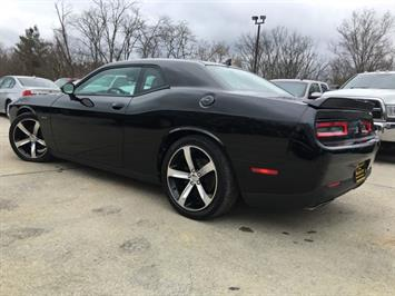 2015 Dodge Challenger R/T Plus Shaker - Photo 13 - Cincinnati, OH 45255