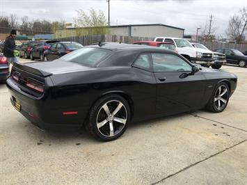 2015 Dodge Challenger R/T Plus Shaker - Photo 6 - Cincinnati, OH 45255