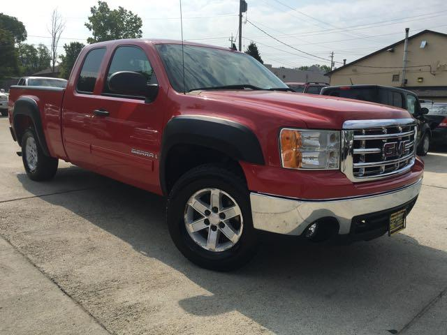 2008 GMC Sierra 1500 SLE1 - Photo 10 - Cincinnati, OH 45255