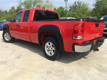 2008 GMC Sierra 1500 SLE1 - Photo 12 - Cincinnati, OH 45255