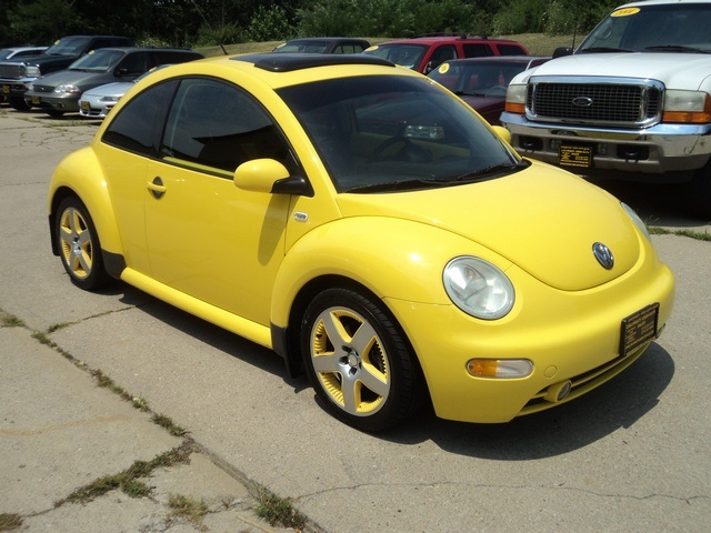 2002 volkswagen beetle gls 1 8t for sale in cincinnati oh stock tr10090. Black Bedroom Furniture Sets. Home Design Ideas