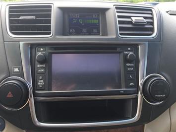 2013 Toyota Highlander Hybrid Limited - Photo 19 - Cincinnati, OH 45255