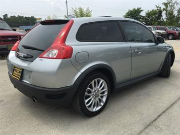 2008 Volvo C30 T5 Version 1.0 - Photo 13 - Cincinnati, OH 45255