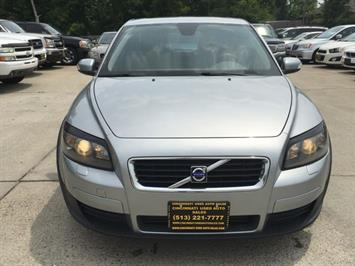 2008 Volvo C30 T5 Version 1.0 - Photo 2 - Cincinnati, OH 45255