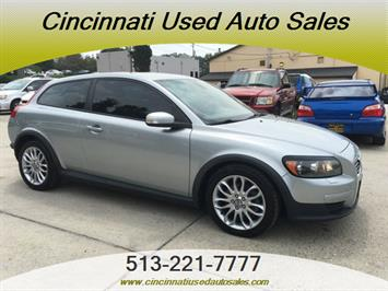 2008 Volvo C30 T5 Version 1.0 - Photo 1 - Cincinnati, OH 45255