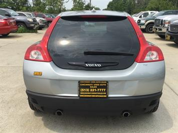 2008 Volvo C30 T5 Version 1.0 - Photo 5 - Cincinnati, OH 45255