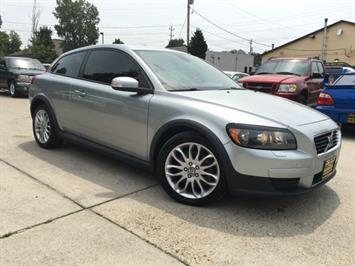 2008 Volvo C30 T5 Version 1.0 - Photo 10 - Cincinnati, OH 45255