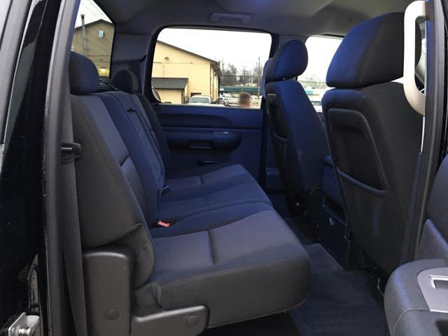 2012 GMC Sierra 1500 SLE - Photo 9 - Cincinnati, OH 45255
