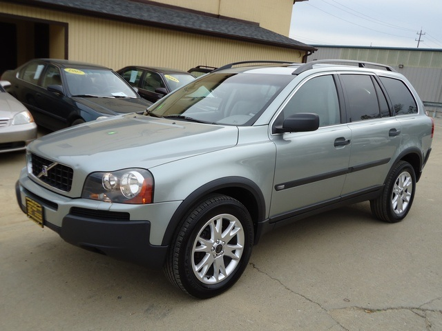 2004 volvo xc90 2 5t for sale in cincinnati oh stock 10936. Black Bedroom Furniture Sets. Home Design Ideas