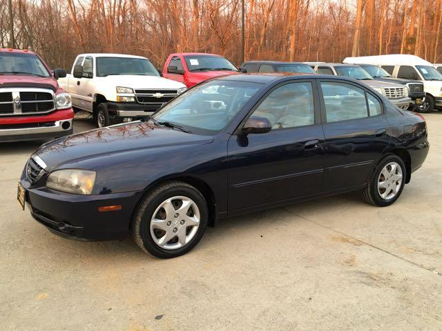 2004 Hyundai Elantra GLS - Photo 3 - Cincinnati, OH 45255