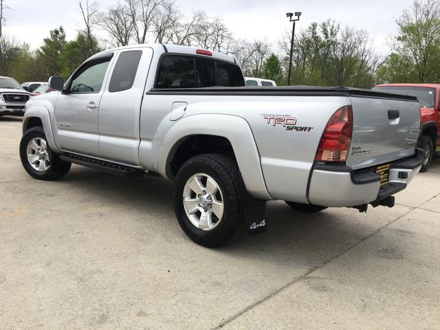 2005 Toyota Tacoma V6 4dr Access Cab - Photo 12 - Cincinnati, OH 45255
