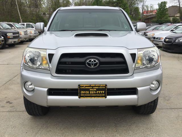 2005 Toyota Tacoma V6 4dr Access Cab - Photo 2 - Cincinnati, OH 45255