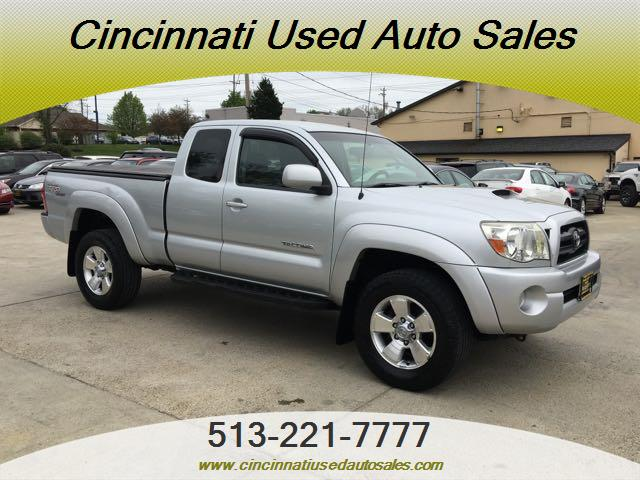 2005 Toyota Tacoma V6 4dr Access Cab - Photo 1 - Cincinnati, OH 45255
