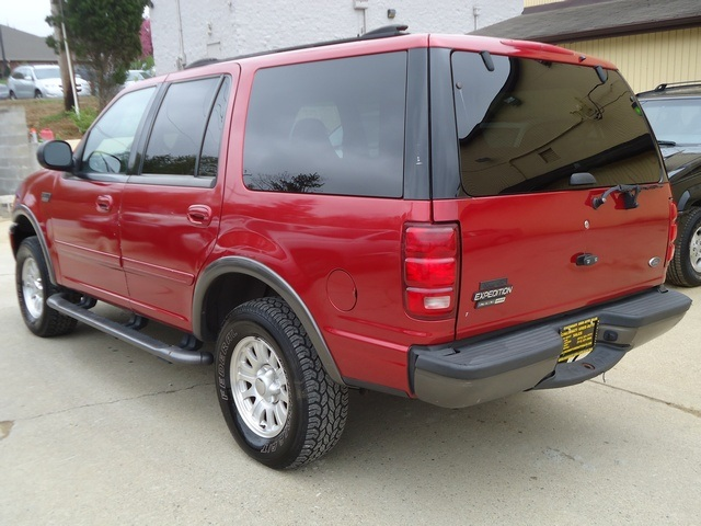 2000 ford expedition red 200 interior and exterior images. Black Bedroom Furniture Sets. Home Design Ideas
