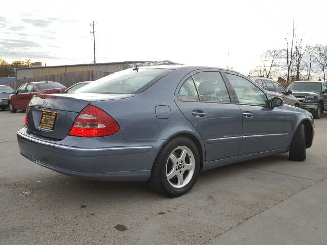 2003 Mercedes-Benz E320 - Photo 13 - Cincinnati, OH 45255