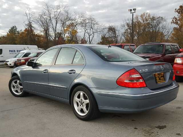 2003 Mercedes-Benz E320 - Photo 12 - Cincinnati, OH 45255