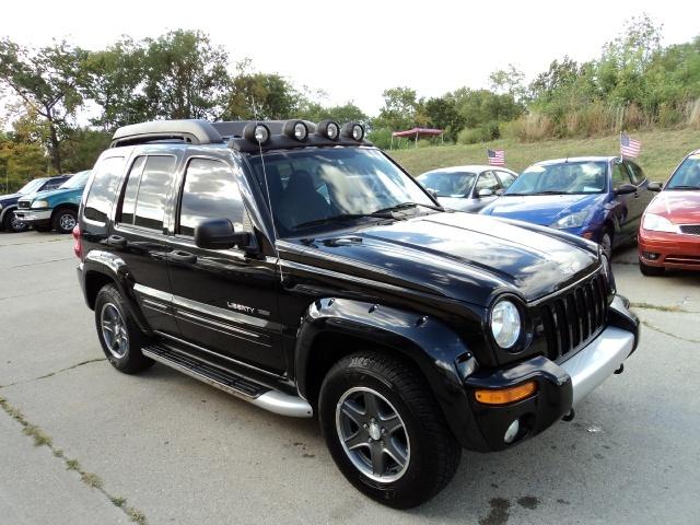 2003 jeep liberty renegade for sale in cincinnati oh stock 10388. Black Bedroom Furniture Sets. Home Design Ideas