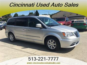 2012 Chrysler Town & Country Touring - Photo 1 - Cincinnati, OH 45255