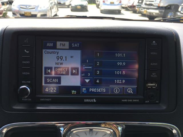2012 Chrysler Town & Country Touring - Photo 22 - Cincinnati, OH 45255