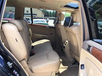 2009 Mercedes-Benz GL 450 4MATIC - Photo 9 - Cincinnati, OH 45255