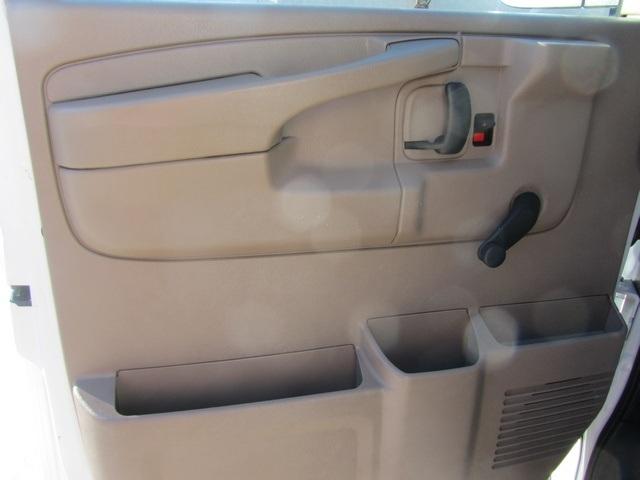 2006 Chevrolet Express 1500 - Photo 37 - Las Vegas, NV 89118
