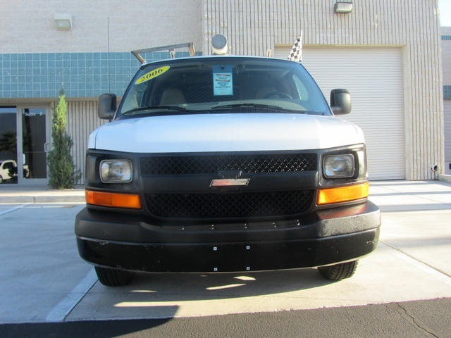 2006 Chevrolet Express 1500 - Photo 7 - Las Vegas, NV 89118