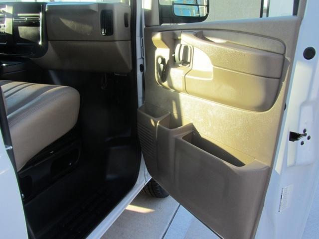 2006 Chevrolet Express 1500 - Photo 51 - Las Vegas, NV 89118